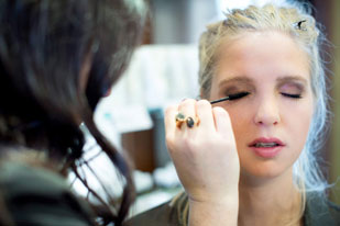 Bridal-Makeup-Services-in-Canmore-at-Rapunzels